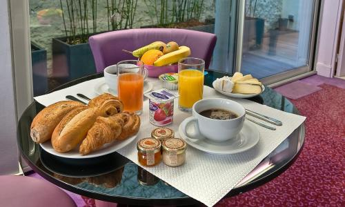 Soft Hotel - breakfast included