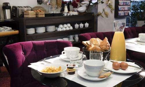 Soft Hotel - Desayuno incluido